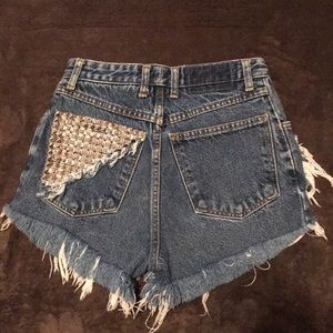 Vintage high waisted studded shorts